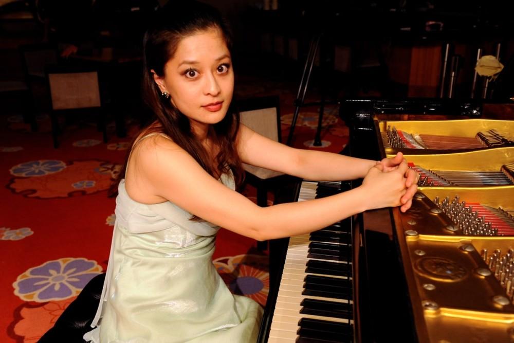 Sachi Gina K.沙智 ジーナ・ケー